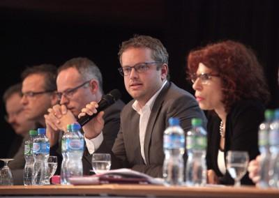 Forum MarchÇs publics328