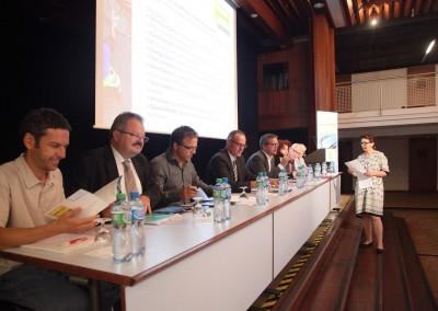 Forum MarchÇs publics248